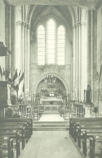 eglise_interieur-XXe medium.jpg
